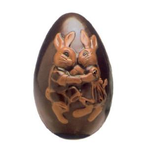 Molde de Policarbonato Huevo con Pareja de Conejos Bailando