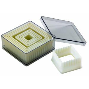 Comprar Caja de 9 Cortadores de masa cuadrados estriados